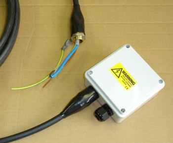 SplashBox : Weatherproof switch box